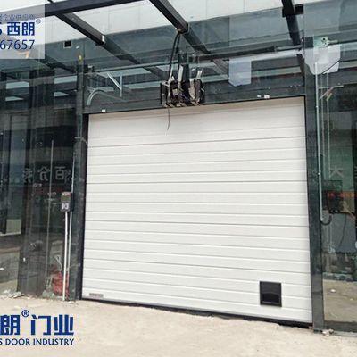 车库可使用的工业提升门